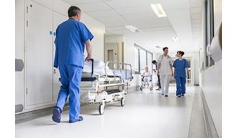 Opozícia chce prekopať zdravotníctvo