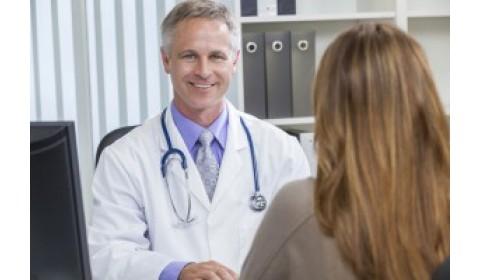 Lekári a farmaceutické firmy sa viac otvoria