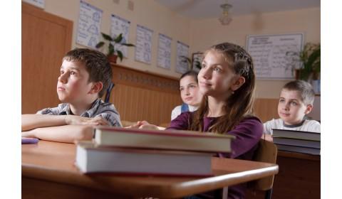 Slovensko má jediné v Európe uzavretú učebnicovú politiku
