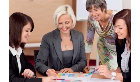 Riaditelia škôl majú nový manuál