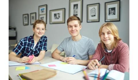 Výkon žiakov v prírodovednej a čitateľskej oblasti je pod priemerom krajín