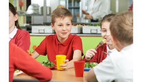 Myslíme na vedúce a vedúcich školských jedální